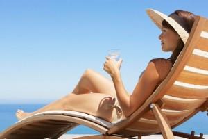 Не злоупотребляйте загаром - это повышает риск высыпаний