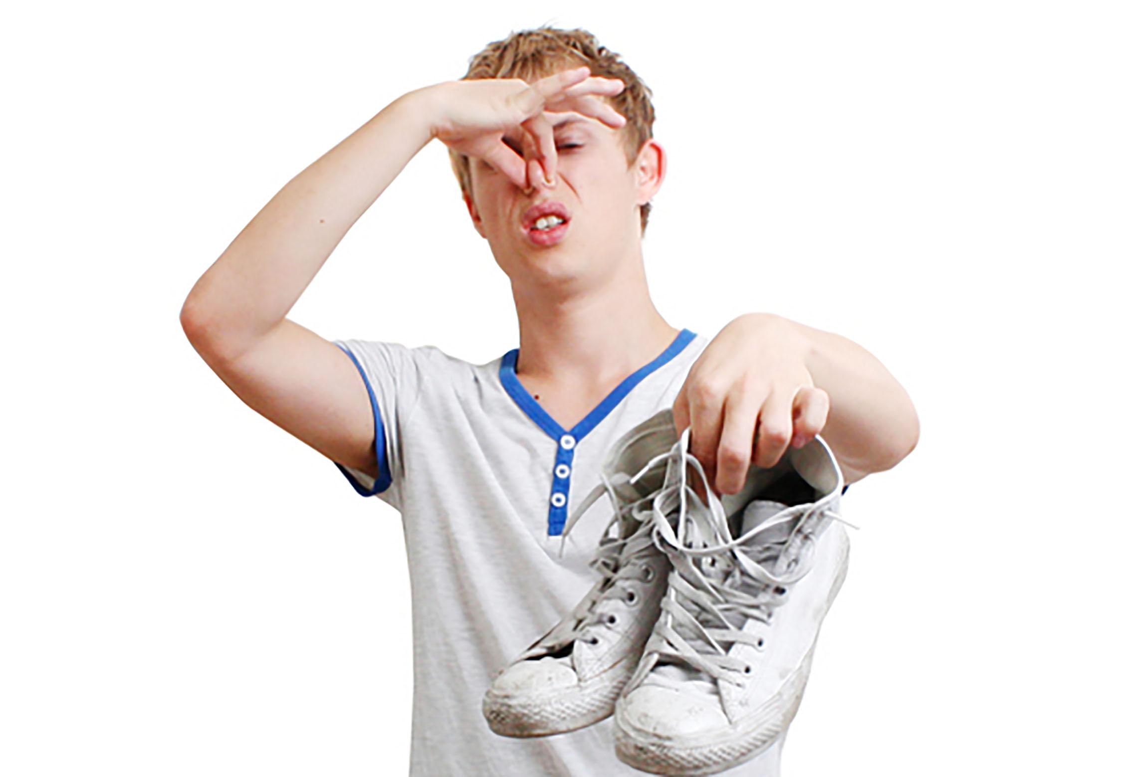 Чем устранить запах пота из обуви в домашних условиях