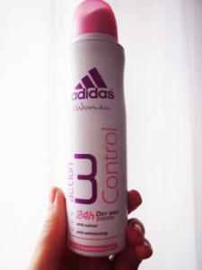Лучшие дезодоранты-антиперспиранты: как выбрать для женщин и мужчин